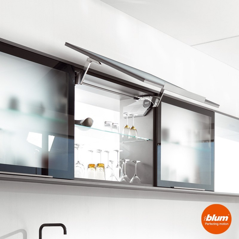 Bisagra aventos hs blum para frentes abatibles de cocina - Bisagras para puertas de cocina ...