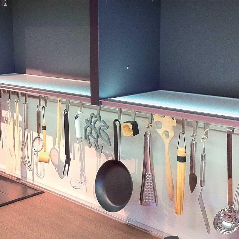 Fondo luminoso led plano encastrable para mueble de cocina for Cocinar 12v